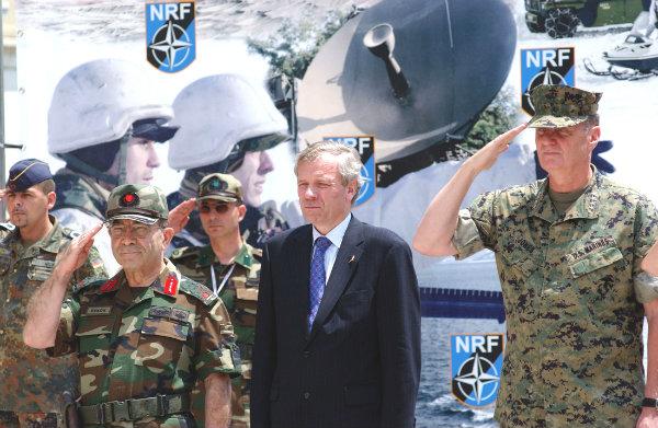 OTAN decide aumentar para 40 mil soldados a sua força de reação rápida